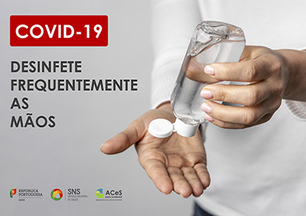 COVID-19 Desinfetar as mãos